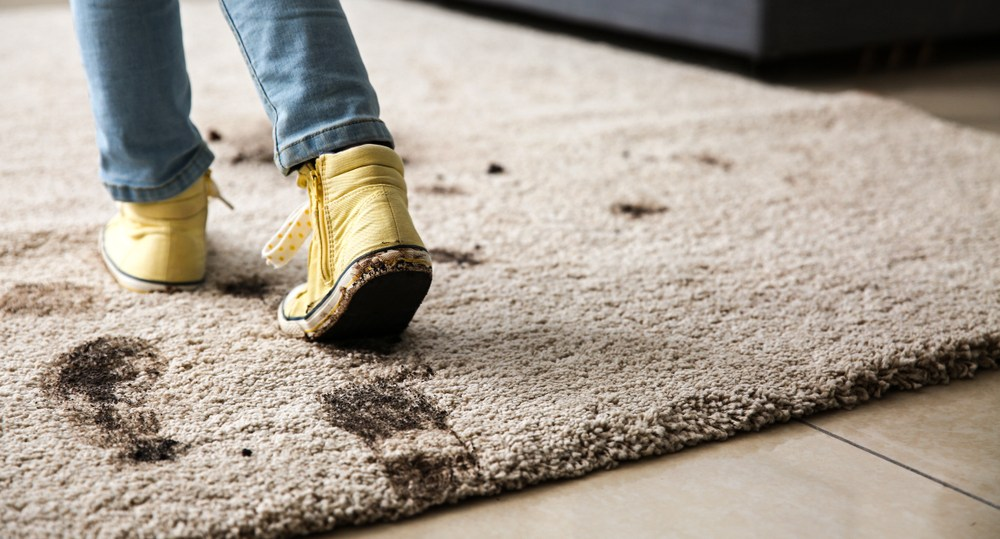 Carpets can become very dirty when moving in the rain