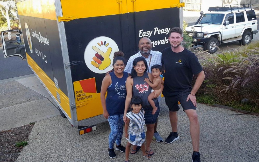 Happy customers using us as their Melbourne removalist