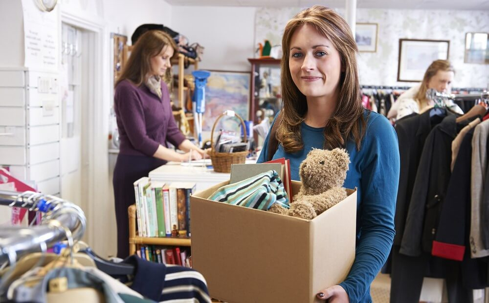 DIY moving tips - reducing the number of your belongings